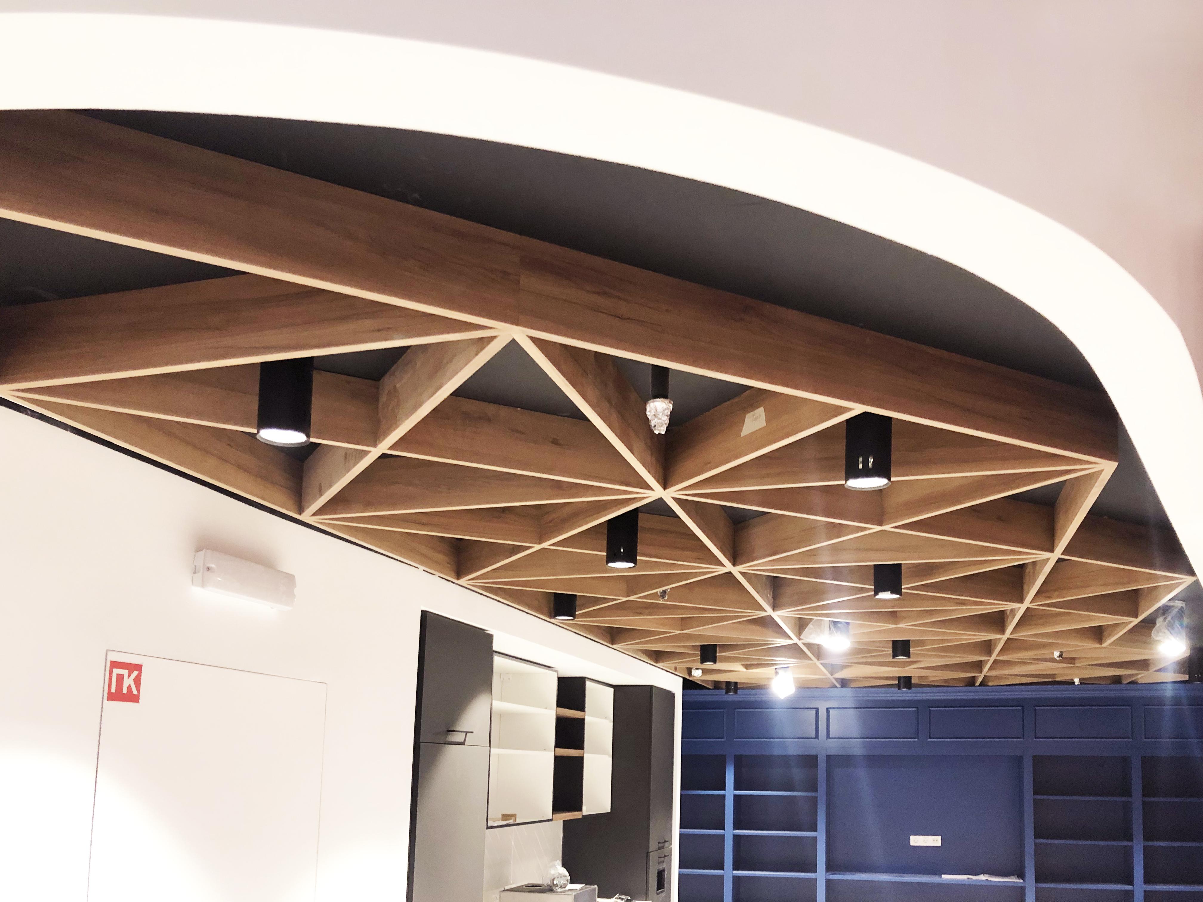Ламельный потолок из HPL